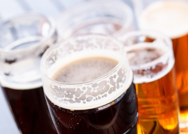 federal rules about the minimum drinking age A federal law passed in 1984 penalized states with a reduction in federal  highway money if they didn't have a minimum drinking age of 21.